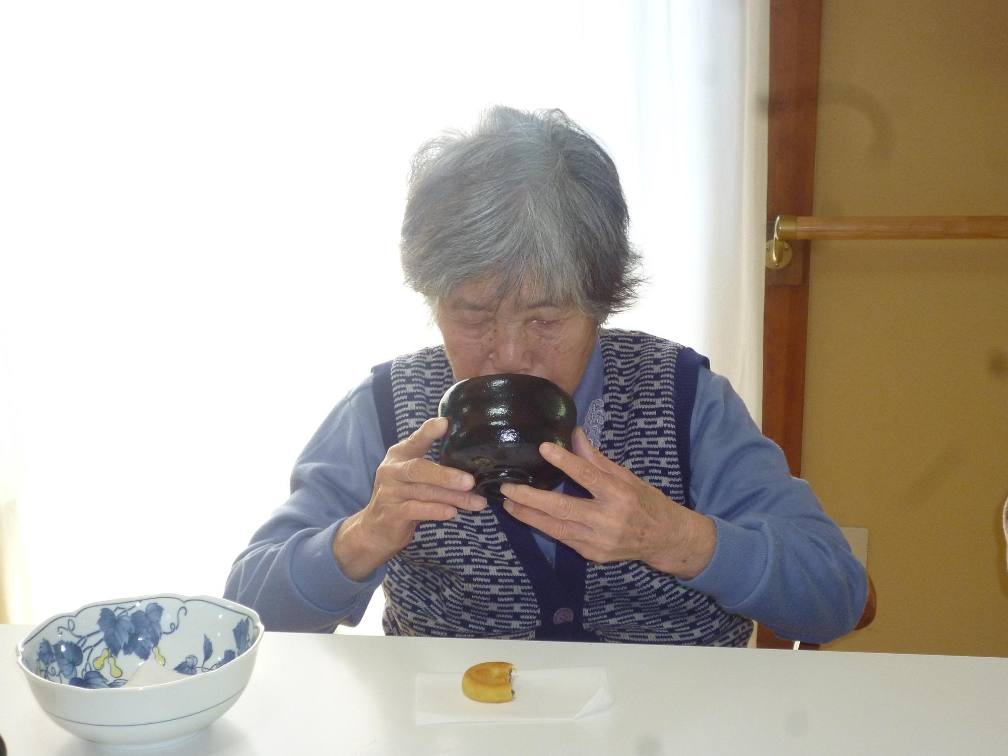 2月行事「新春お茶会」